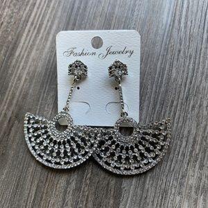 Chandelier Fan Earrings